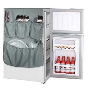 Use the refrigerator caddy to store snacks and other food