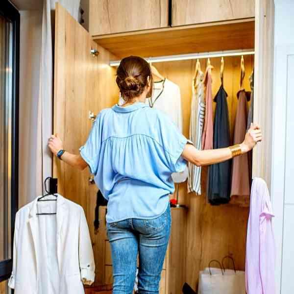 10 Best Dorm Closet Essentials 1 of 6